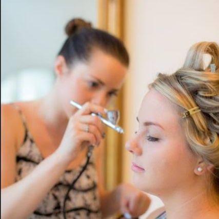 faye airbrush makeup